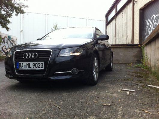 Aktiviertes Tagfahrlicht bei einem Audi A3