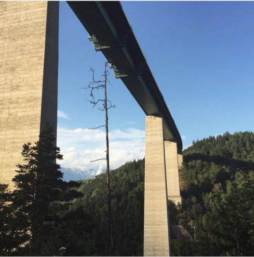 europabrücke von unten