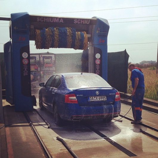 Carwash__the_italian_way.