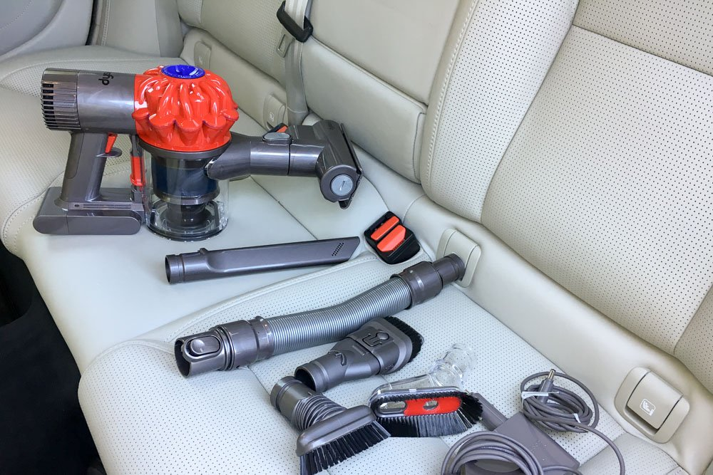 test dyson v6 car boat akkusauger f rs auto. Black Bedroom Furniture Sets. Home Design Ideas